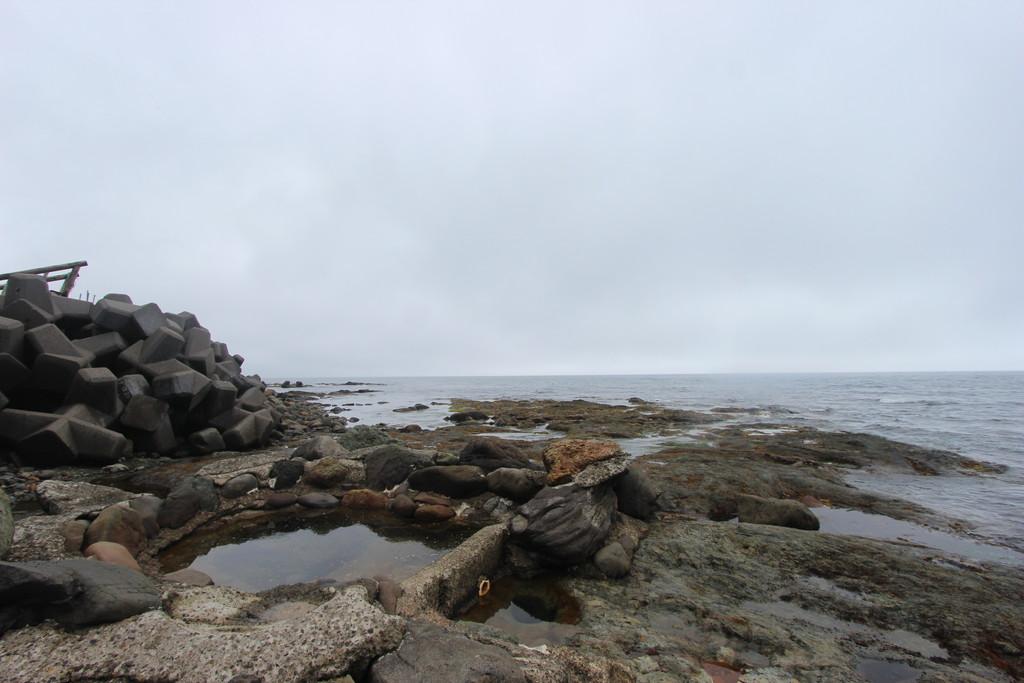【日本一周】知床半島の奇跡の混浴「セセキ温泉」へ。道中腹を下して悶絶・・・。【日本一周】