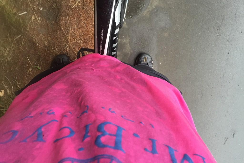 【日本一周】雨のなかレインコートなしで突っ込んだら、もう濡れるところがなくなりました。