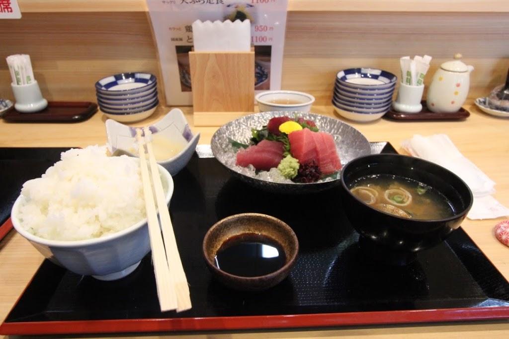 【日本一周】那智勝浦町のマグロと、半世紀以上食堂を営んだおばあちゃん。【串本町〜那智勝浦町】