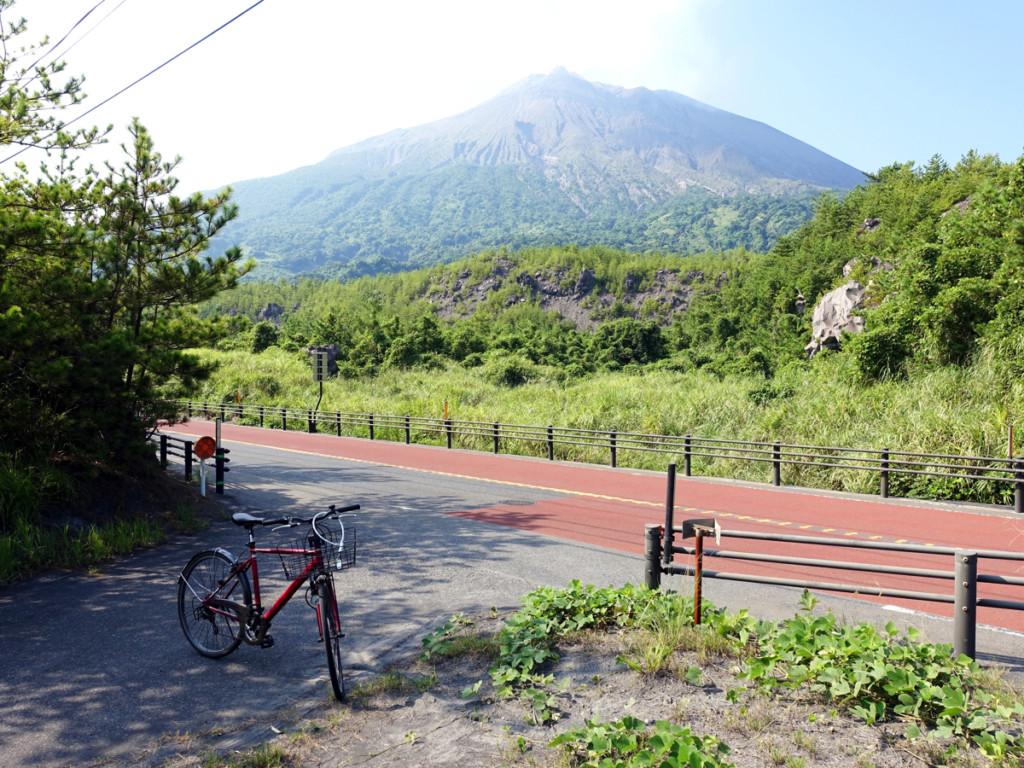 【検証】レンタサイクルで桜島一周!最短距離で回ると何時間かかるか検証してみた