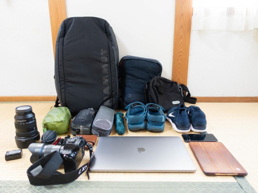 【海外ノマド】1ヶ月の海外旅行に持っていくバッグパックと持ち物まとめ【ミニマリスト】