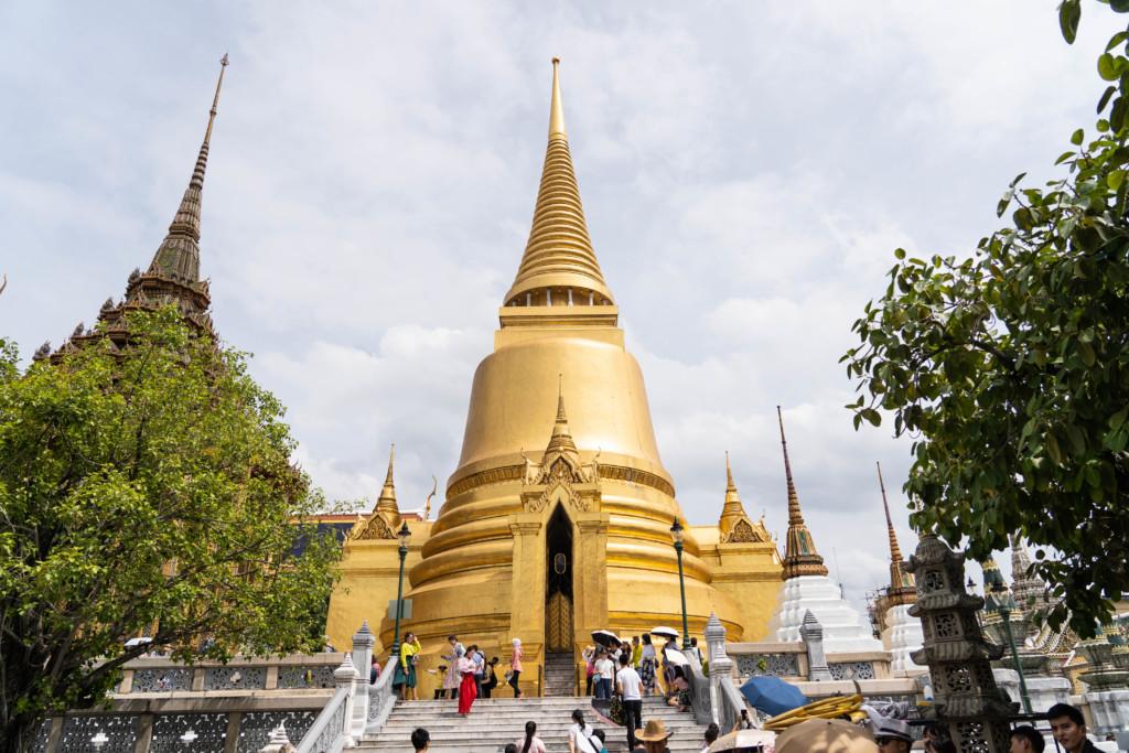 【バンコク旅行】定番の3大寺院+αめぐり!王宮・ワットプラケオ・ワットポー・ワットアルンを1日で回ってみた