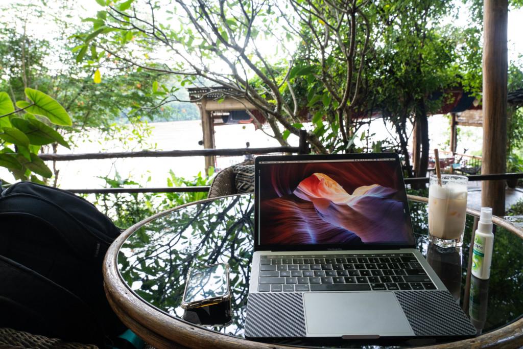 ラオスでノマドは実現可能?Wifi・電源・カフェ事情を調査【ビエンチャン ・ルアンパバーン】